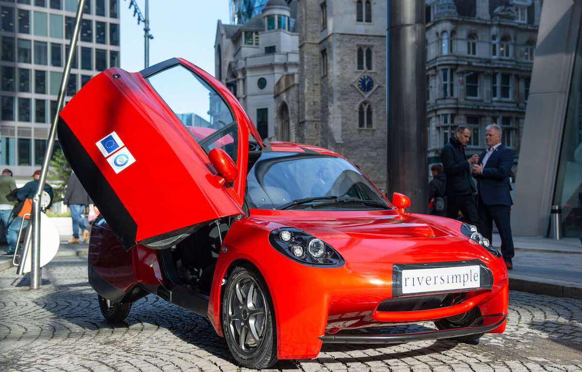 Red riverimple electric car